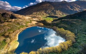 Heart_Lake_New_Zealand