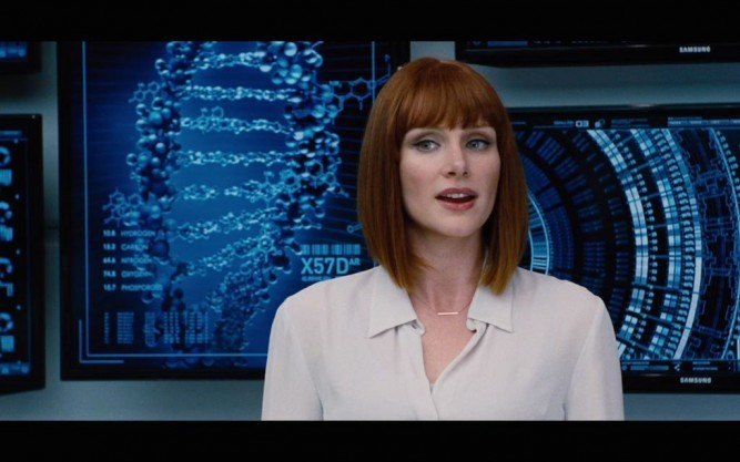 bryce-dallas-howard-in-jurassic-world