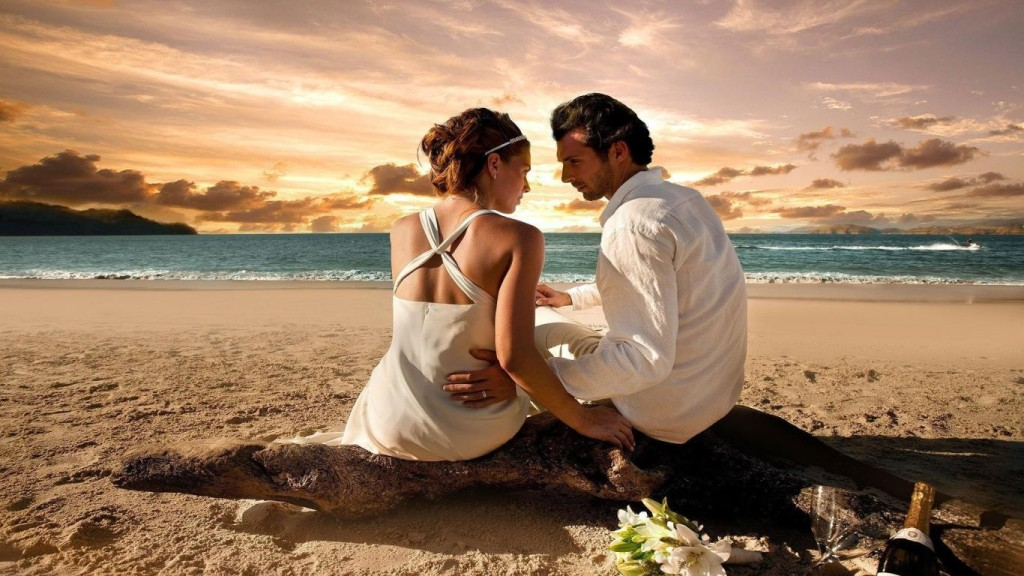 romantic-date-at-beach-wedding-photo-wallpaper1366x76862778