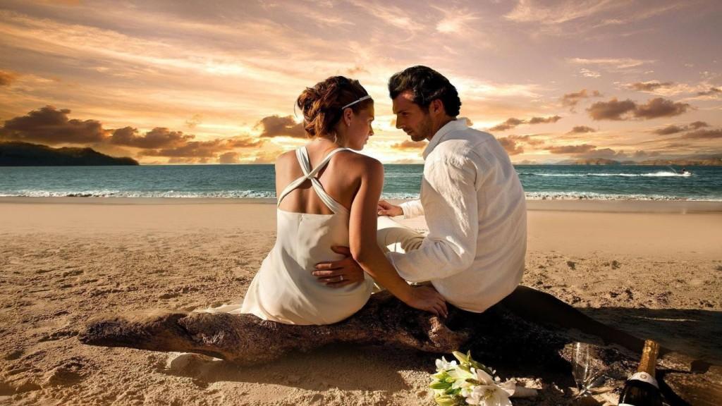 romantic-date-at-beach-wedding-photo-wallpaper1366x76862778