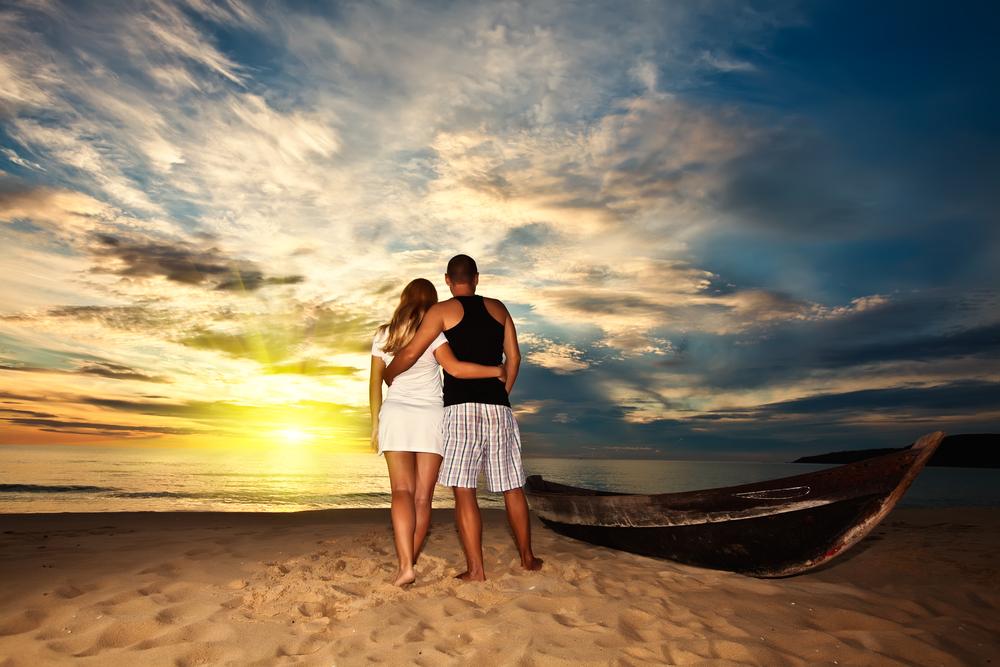 Honeymoon-Registry-Sunset-Honeymoon-Pixie