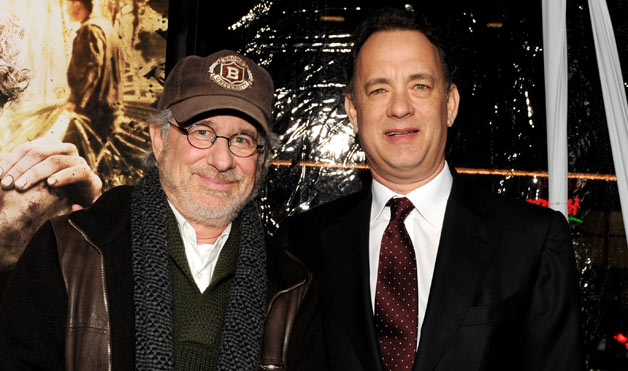 09-steven-spielberg-tom-hanks-1