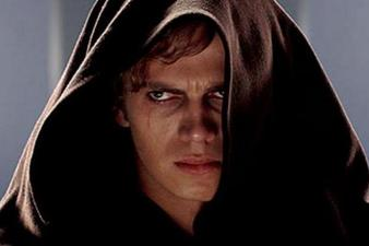 Hayden-Christensen-in-Star-Wars-Episode-III--Revenge-of-the-Sith_event_main