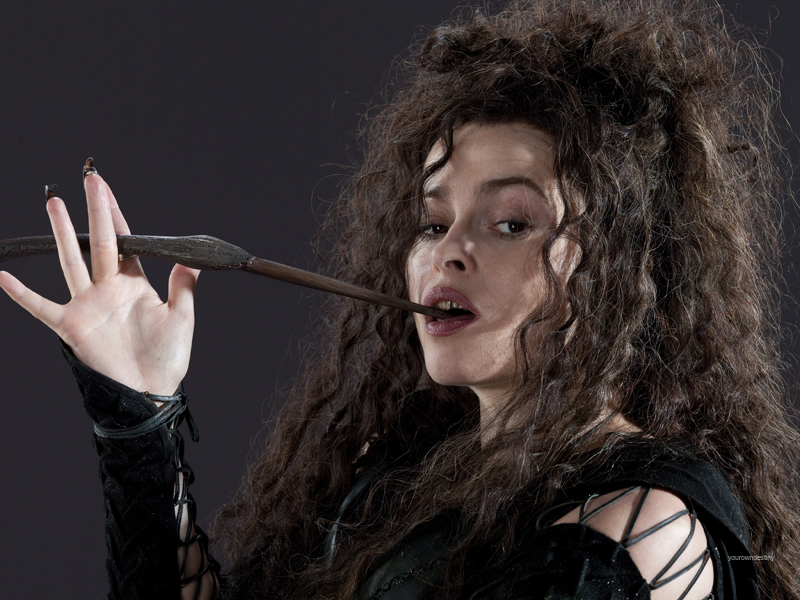 bellatrix-hp-dh-part-2-harry-potter-18935884-800-600